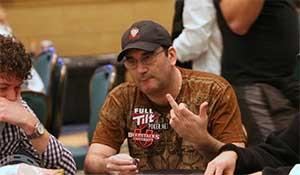 Handling dealer errors in poker